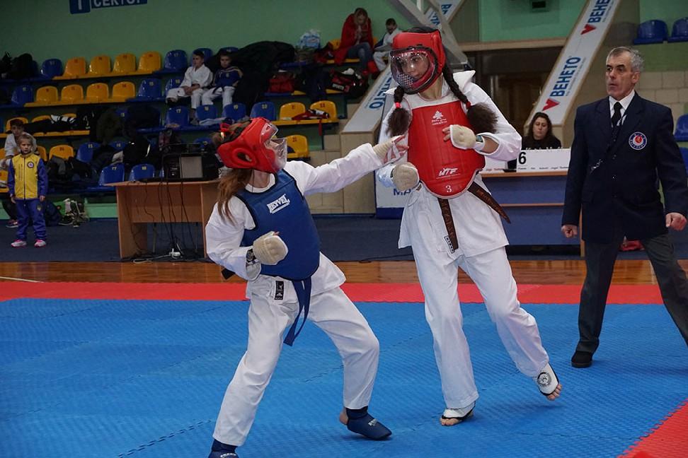 004-4-vidkritiy-chempionat-ukrayini-z-karate-dzhitsu