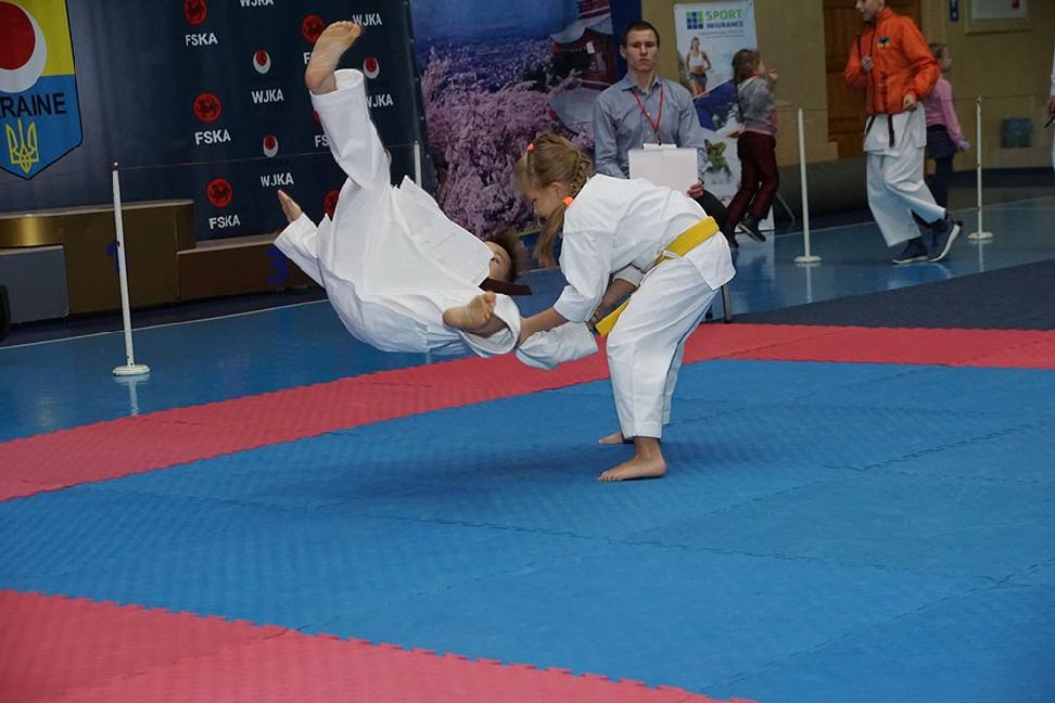 007-4-vidkritiy-chempionat-ukrayini-z-karate-dzhitsu