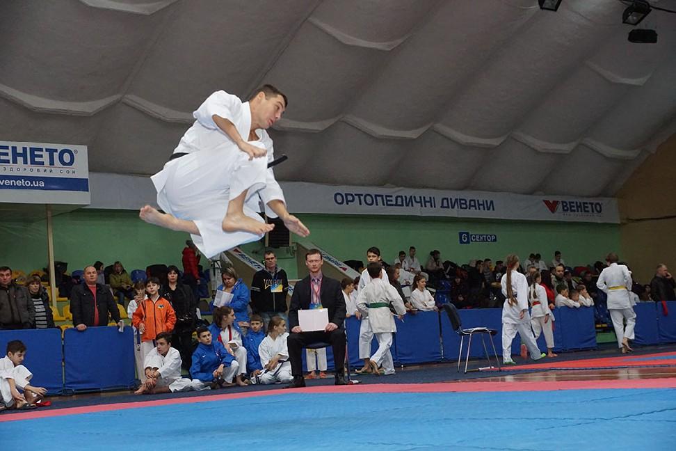 011-4-vidkritiy-chempionat-ukrayini-z-karate-dzhitsu